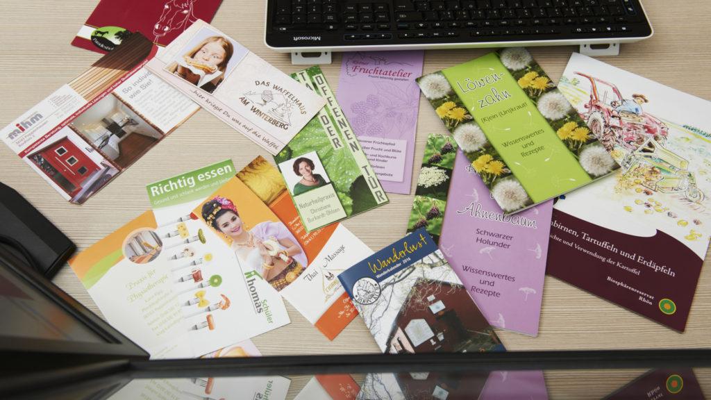 Broschüren und Flyer